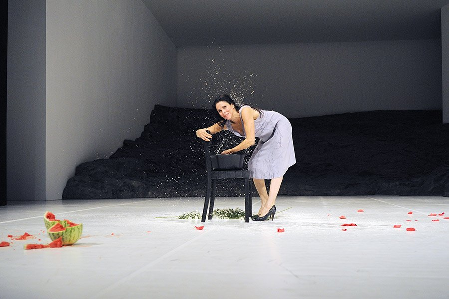 Pina Bausch - Scene from the TanzTheater production