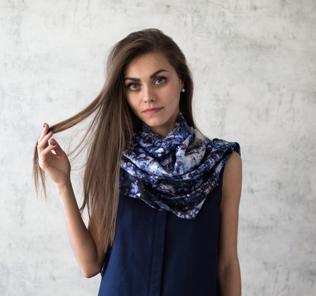 Art on Scarf - Look Book - The Sound of Infinity