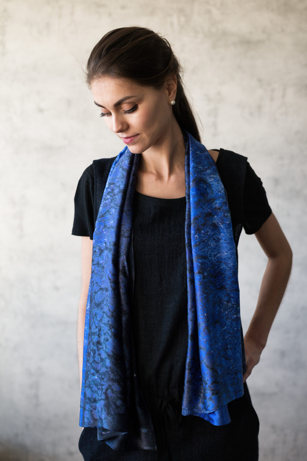 Art on Scarf -Lookbook - Vibrations of Ultramarine
